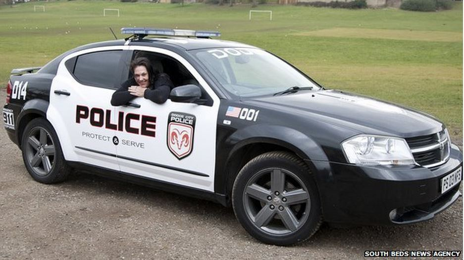 brit mom drives kids to school in need for speed police car