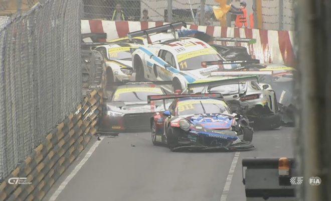 Macau Grand Prix 2017 >> Almost Entire 2017 Macau Grand Prix Field Crashes At One